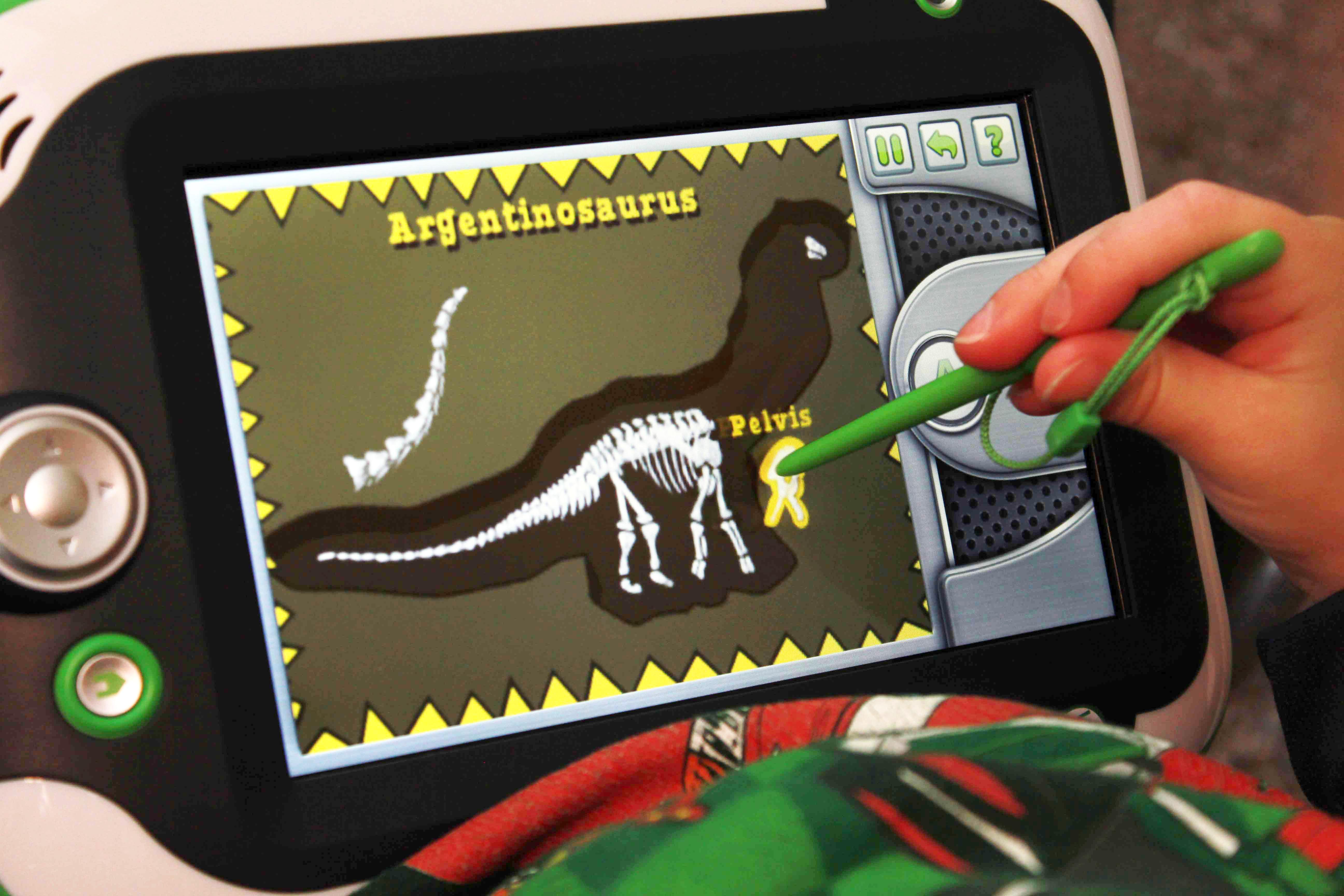Magic School Bus Dinosaur LeapPad Game Bones